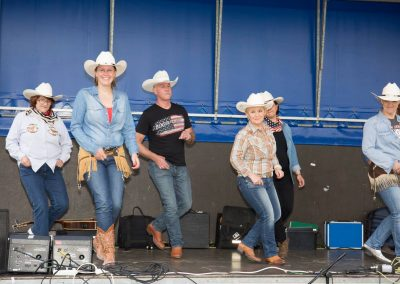 Line Dance Chat Botté – Cours de danse country