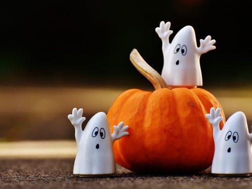 Préparation d'Halloween : bricolages, décorations, déguisements, etc. – Octobre 2017